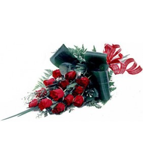 Love is sharing 12 Roses in love